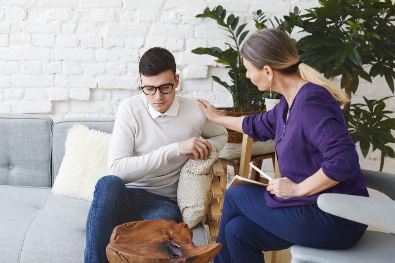 Psihoterapija - psihoterapeut i klijent