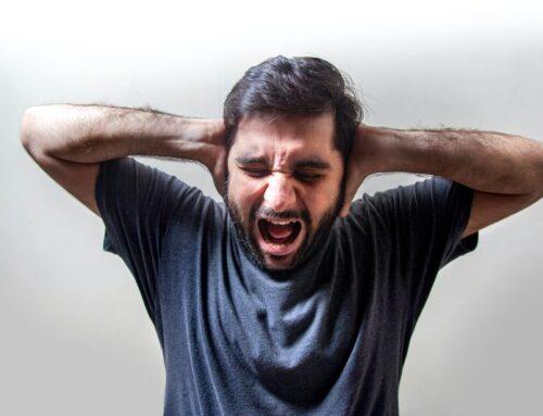 Kako prepoznati napad panike? Simptomi i pojašnjenje